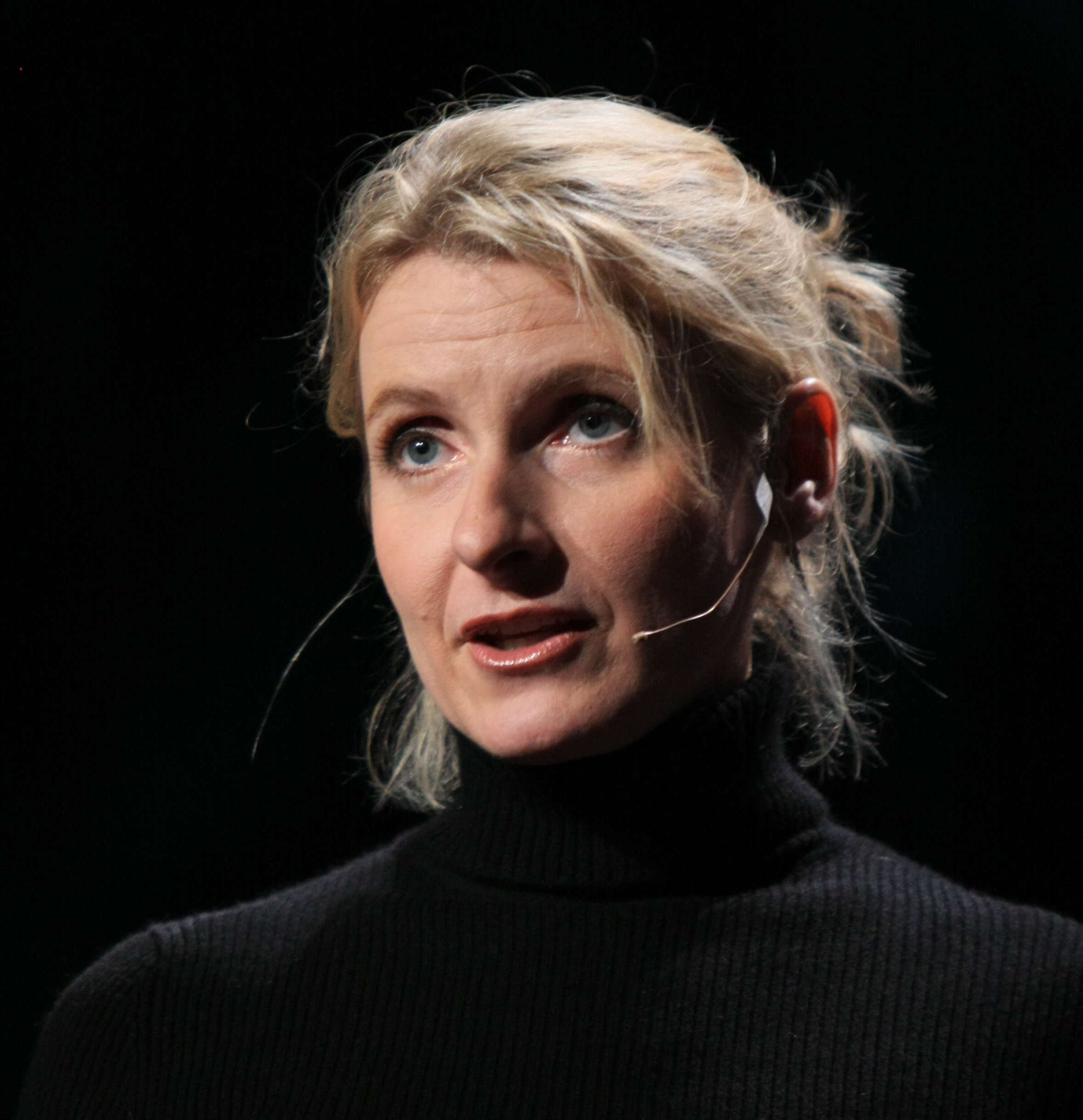 5 Lessons From Elizabeth Gilbert (That Have Not Much To Do With Eating, Praying, or Loving)